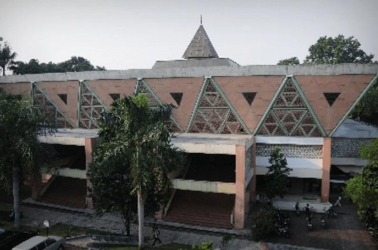 Masjid Al-Hurriyah, Institut Pertanian Bogor, Jawa Barat