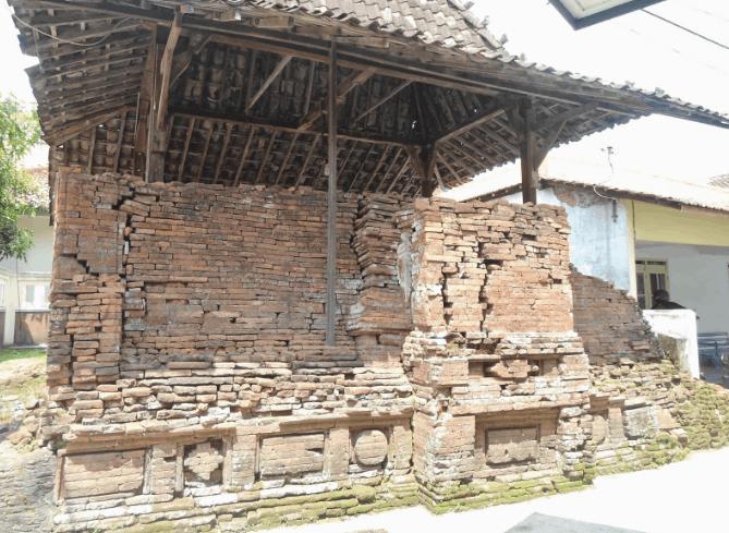 Masjid Bubrah – Demangan, Kudus