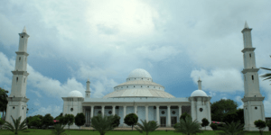 Masjid Raya Akbar At-Taqwa