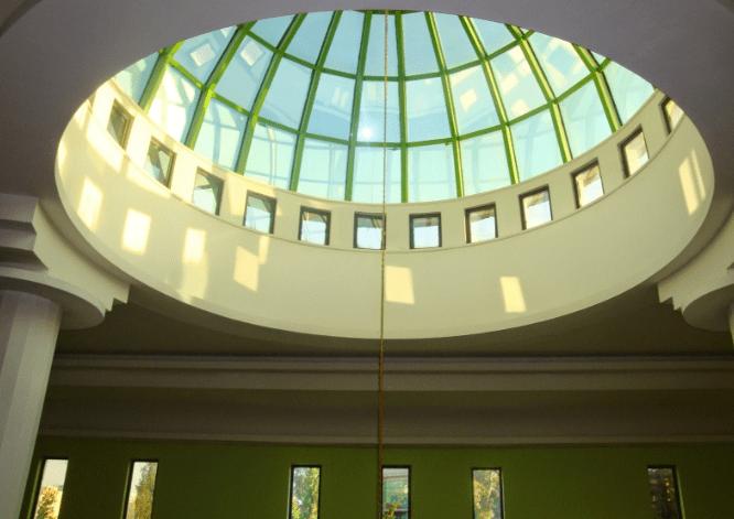 interior Masjid Baitul Awwal – Tirana, Albania