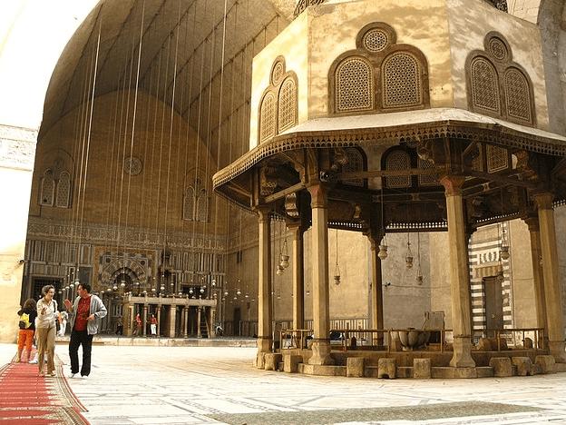 interior Masjid & Madrasah Sultan Hasan