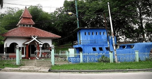 Masjid Perahu Cibarusaha