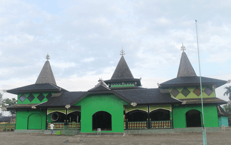 Masjid sultan suriansyah, tertua di Banjarmasin