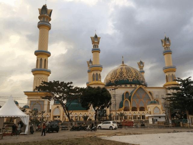 kubah masjid NTB