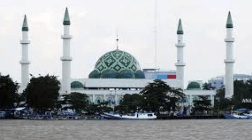 kubah masjid kaltim