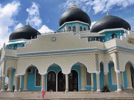 masjid agung nurul haq